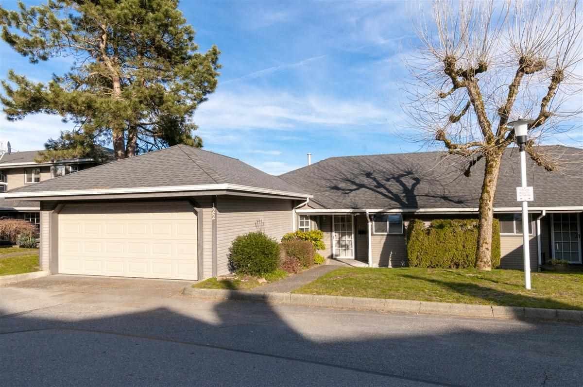 """Main Photo: 122 1140 CASTLE Crescent in Port Coquitlam: Citadel PQ Townhouse for sale in """"THE UPLANDS"""" : MLS®# R2245765"""