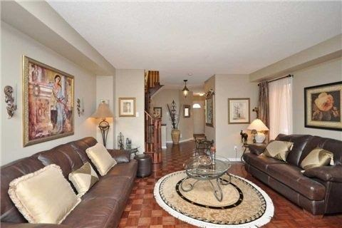 Photo 14: Photos: 5423 Sweetgrass Gate in Mississauga: East Credit House (2-Storey) for sale : MLS®# W3115945