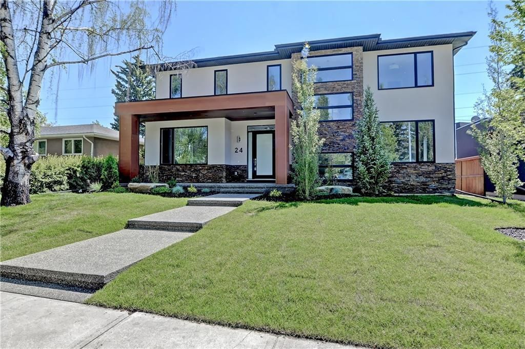 Photo 1: Photos: 24 LORNE Place SW in Calgary: North Glenmore Park Detached for sale : MLS®# C4225479