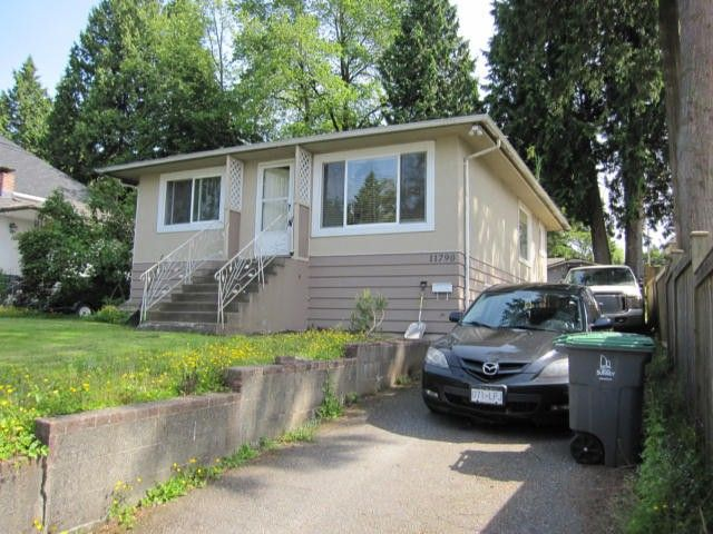 """Photo 2: Photos: 11790 97TH Avenue in Surrey: Royal Heights House for sale in """"ROYAL HEIGHTS"""" (North Surrey)  : MLS®# F1414651"""
