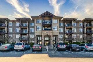 """Photo 1: 426 12258 224 Street in Maple Ridge: East Central Condo for sale in """"Stonegate"""" : MLS®# R2443781"""