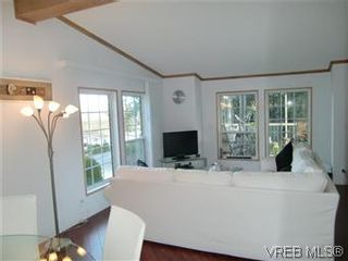 Photo 5: 611 2850 Stautw Rd in SAANICHTON: CS Hawthorne Manufactured Home for sale (Central Saanich)  : MLS®# 557999
