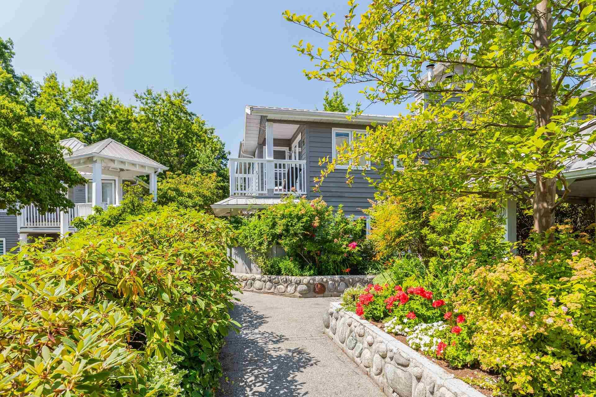 """Main Photo: 201 1523 BOWSER Avenue in North Vancouver: Norgate Condo for sale in """"Illahee"""" : MLS®# R2605596"""