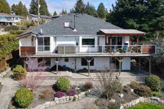 Photo 4: 6525 JASPER Road in Sechelt: Sechelt District House for sale (Sunshine Coast)  : MLS®# R2560207