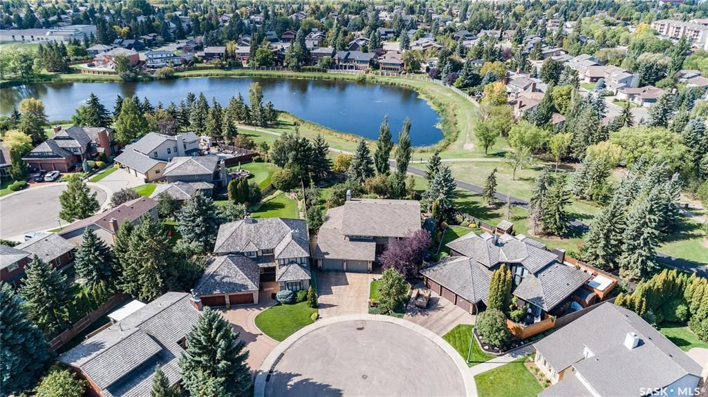 Main Photo: 331 Emerald Court in Saskatoon: Lakeview SA Residential for sale : MLS®# SK870648