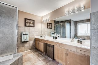 Photo 33: 106 Rockbluff Close NW in Calgary: Rocky Ridge Detached for sale : MLS®# A1111003