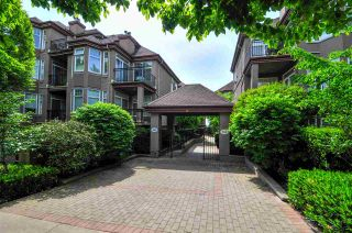 "Photo 1: 305 580 TWELFTH Street in New Westminster: Uptown NW Condo for sale in ""THE REGENCY"" : MLS®# R2062585"