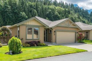 """Photo 3: 176 46000 THOMAS Road in Chilliwack: Vedder S Watson-Promontory Townhouse for sale in """"Halcyon Meadows"""" (Sardis)  : MLS®# R2460859"""