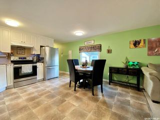 Photo 3: 427 Park Avenue in Outlook: Residential for sale : MLS®# SK866834