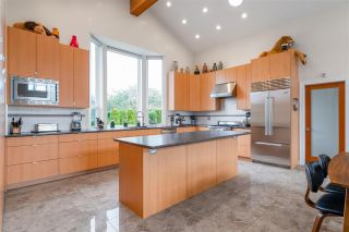 """Photo 17: 1291 PINEWOOD Crescent in North Vancouver: Norgate House for sale in """"Norgate"""" : MLS®# R2516776"""