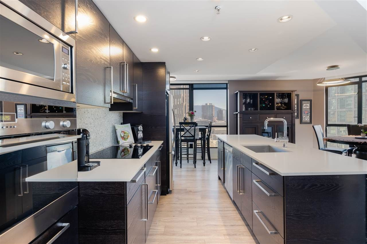 """Photo 9: Photos: 2101 867 HAMILTON Street in Vancouver: Downtown VW Condo for sale in """"Jardine's Lookout"""" (Vancouver West)  : MLS®# R2569511"""