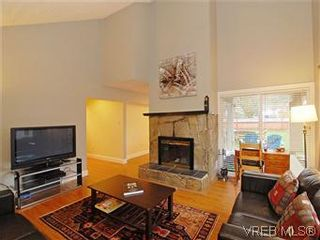 Photo 6: 2978A Pickford Rd in VICTORIA: Co Hatley Park Half Duplex for sale (Colwood)  : MLS®# 597134