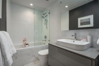 """Photo 13: 1802 1633 CAPILANO Road in North Vancouver: Pemberton Heights Condo for sale in """"PARK WEST"""" : MLS®# R2573606"""