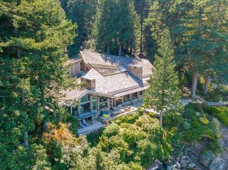 """Photo 30: 370 374 SMUGGLERS COVE Road: Bowen Island House for sale in """"Hood Point"""" : MLS®# R2518143"""