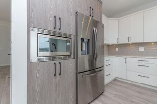 Photo 10: 2415 Azurite Cres in : La Bear Mountain House for sale (Langford)  : MLS®# 855045