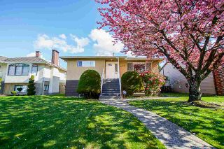 Photo 1: 4708 WESTLAWN Drive in Burnaby: Brentwood Park House for sale (Burnaby North)  : MLS®# R2361886