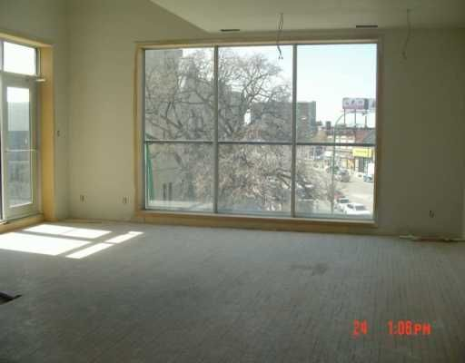 Photo 2: Photos: 309 520 Portage Avenue in WINNIPEG: Central Winnipeg Condominium for sale : MLS®# 2703044