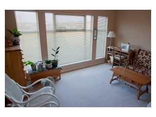 "Photo 8: 11 1255 RIVERSIDE Drive in Port Coquitlam: Riverwood Townhouse for sale in ""RIVERWOOD GREEN"" : MLS®# V896489"