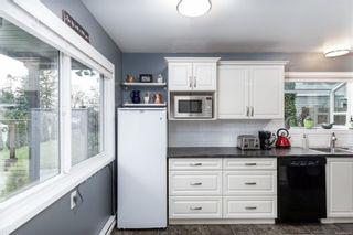 Photo 13: 986 Annie St in : SE Quadra Half Duplex for sale (Saanich East)  : MLS®# 862039