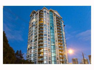 Photo 1: 2001 121 10TH Street in New Westminster: Uptown NW Condo for sale : MLS®# V935471