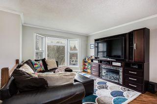 Photo 3: 5027 Whitestone Way NE in Calgary: Whitehorn Detached for sale : MLS®# A1110714