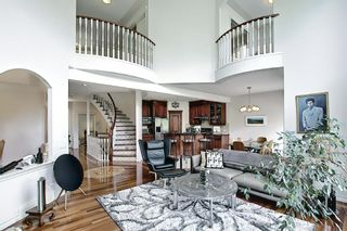 Photo 8: 125 Sienna Park Drive SW in Calgary: Signal Hill Detached for sale : MLS®# A1117082