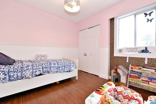 "Photo 12: 2 33915 MAYFAIR Avenue in Abbotsford: Central Abbotsford Townhouse for sale in ""MAYFAIR MANOR"" : MLS®# R2518778"