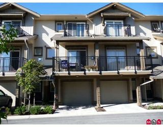 "Photo 1: 50 20326 68TH Avenue in Langley: Willoughby Heights Townhouse for sale in ""SUNPOINTE"" : MLS®# F2920459"