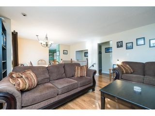 Photo 9: 6081 171A Street in Surrey: Cloverdale BC House for sale (Cloverdale)  : MLS®# R2353242