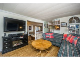 """Photo 10: 36 201 CAYER Street in Coquitlam: Maillardville Manufactured Home for sale in """"WILDWOOD MANUFACTURED HOME PARK"""" : MLS®# R2127016"""
