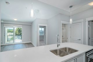"""Photo 11: 4412 2180 KELLY Avenue in Port Coquitlam: Central Pt Coquitlam Condo for sale in """"MONTROSE SQUARE"""" : MLS®# R2613383"""