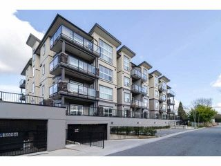 "Photo 2: 104 20630 DOUGLAS Crescent in Langley: Langley City Condo for sale in ""Blu"" : MLS®# F1406027"