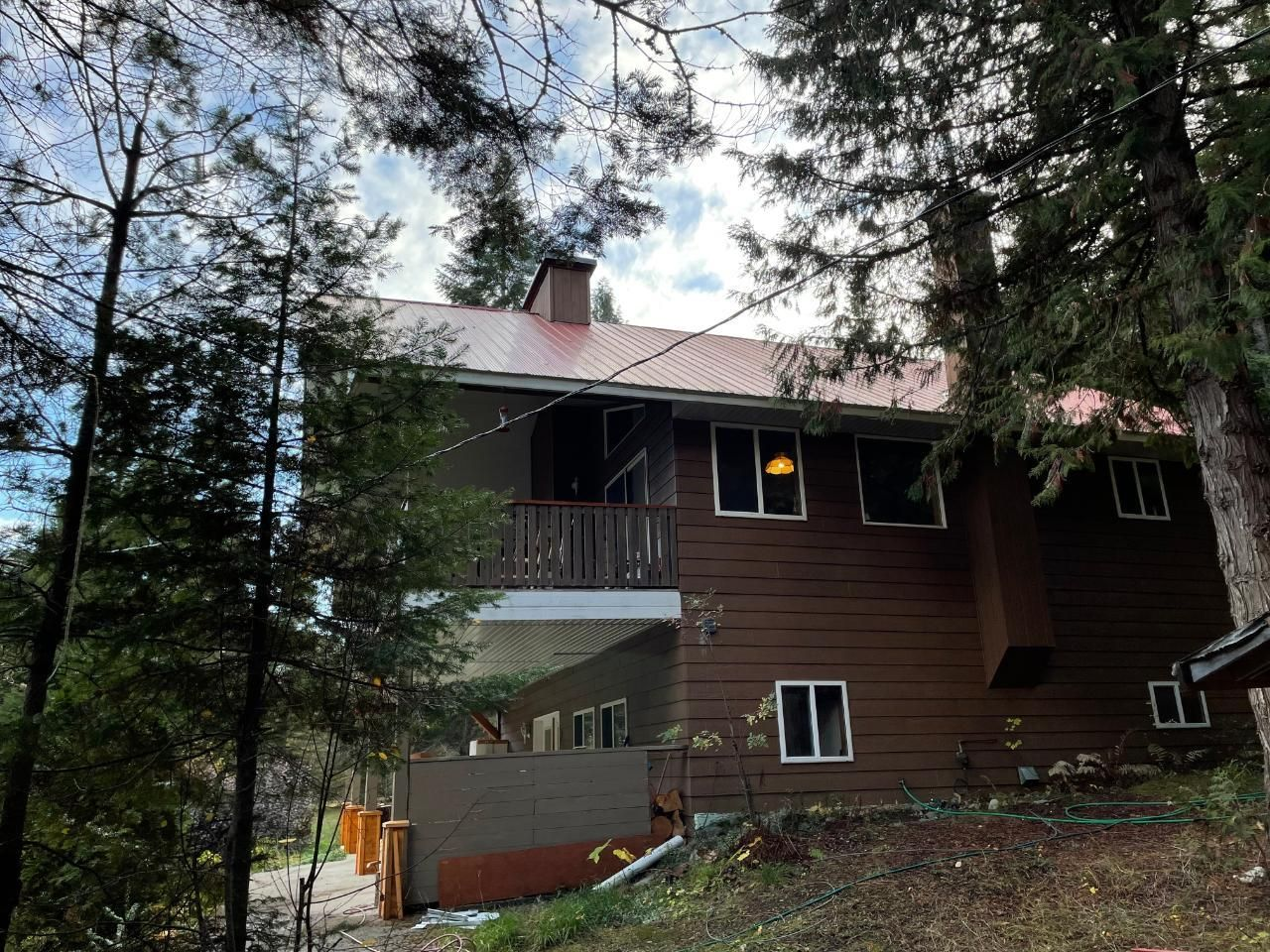 Main Photo: 113 WESCO ROAD in Ymir: House for sale : MLS®# 2461516
