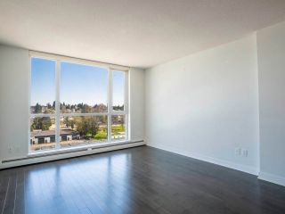 """Photo 2: 902 10777 UNIVERSITY Drive in Surrey: Whalley Condo for sale in """"Citypoint"""" (North Surrey)  : MLS®# R2569333"""