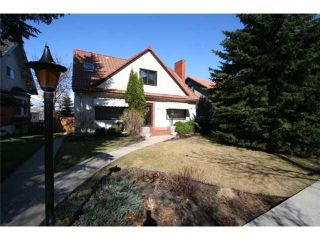Photo 1: 310 SCARBORO Avenue SW in CALGARY: Scarboro Residential Detached Single Family for sale (Calgary)  : MLS®# C3424325