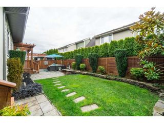 """Photo 20: 17282 1 Avenue in Surrey: Pacific Douglas House for sale in """"Summerfield"""" (South Surrey White Rock)  : MLS®# R2353615"""