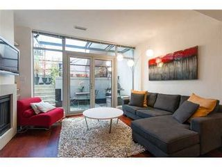 Photo 2: 1231 SEYMOUR Street in Vancouver West: Downtown VW Home for sale ()  : MLS®# V979770