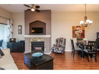 Photo 3: 322 19528 Fraser Hwy in The Fairmont: Home for sale : MLS®# F1409411