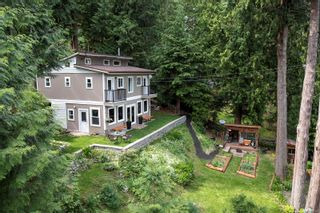 Photo 3: 834 Sutil Point Rd in : Isl Cortes Island House for sale (Islands)  : MLS®# 877515