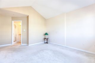 """Photo 13: PH2 611 - 611 W 13TH Avenue in Vancouver: Fairview VW Condo for sale in """"Tiffany Court"""" (Vancouver West)  : MLS®# R2311200"""