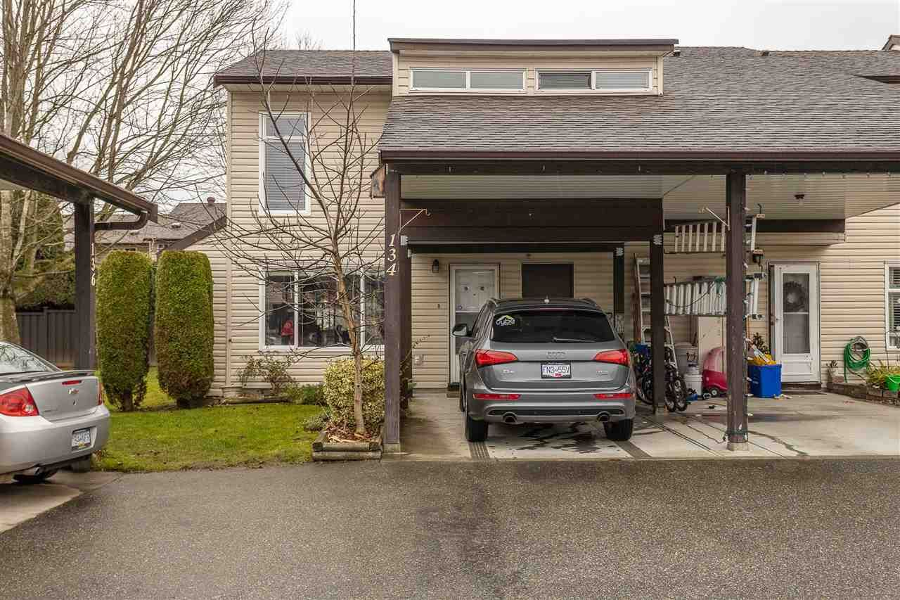 """Photo 2: Photos: 134 2844 273 Street in Langley: Aldergrove Langley Townhouse for sale in """"CHELSEA COURT"""" : MLS®# R2522030"""