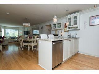 "Photo 3: 205 15389 ROPER Avenue: White Rock Condo for sale in ""REGENCY COURT"" (South Surrey White Rock)  : MLS®# R2096620"