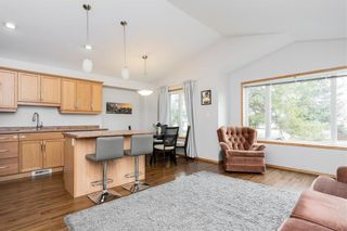 Photo 5: 566 Melbourne Avenue in Winnipeg: Residential for sale (3D)  : MLS®# 202026437