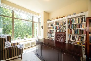 """Photo 11: 300 508 WATERS EDGE Crescent in West Vancouver: Park Royal Condo for sale in """"Waters Edge"""" : MLS®# R2603376"""