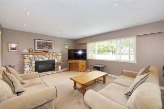 Photo 1: 4936 44A Avenue in Delta: Ladner Elementary House for sale (Ladner)  : MLS®# R2411200