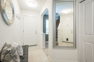 """Photo 4: 5 8476 207A Street in Langley: Willoughby Heights Townhouse for sale in """"YORK BY MOSAIC"""" : MLS®# R2559525"""