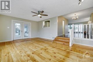 Photo 12: 24 CHARING ROAD in Ottawa: House for sale : MLS®# 1257303