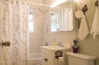 """Photo 11: 1240 TATLOW Avenue in North Vancouver: Norgate House for sale in """"Norgate"""" : MLS®# R2141720"""