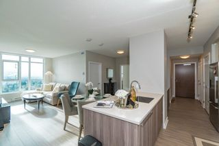 """Photo 2: 2301 4900 LENNOX Lane in Burnaby: Metrotown Condo for sale in """"THE PARK"""" (Burnaby South)  : MLS®# R2432406"""