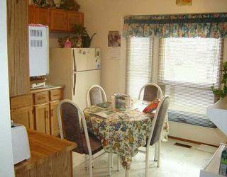 Photo 5: 28 FAIRVIEW Drive East in WINNIPEG: Transcona Residential for sale (North East Winnipeg)  : MLS®# 2517821